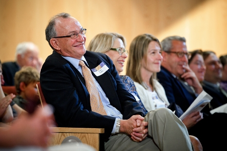 Tony Tolles laughs at remarks during the Bicentennial Meeting of the Alumni Association.