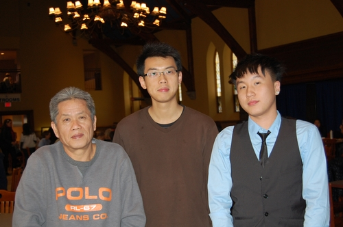 Chun Wan Tse '14 and Family